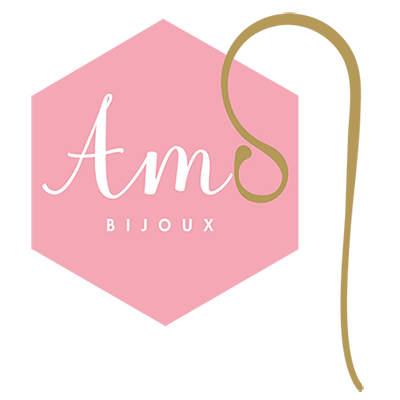 A M O Bijoux Logo